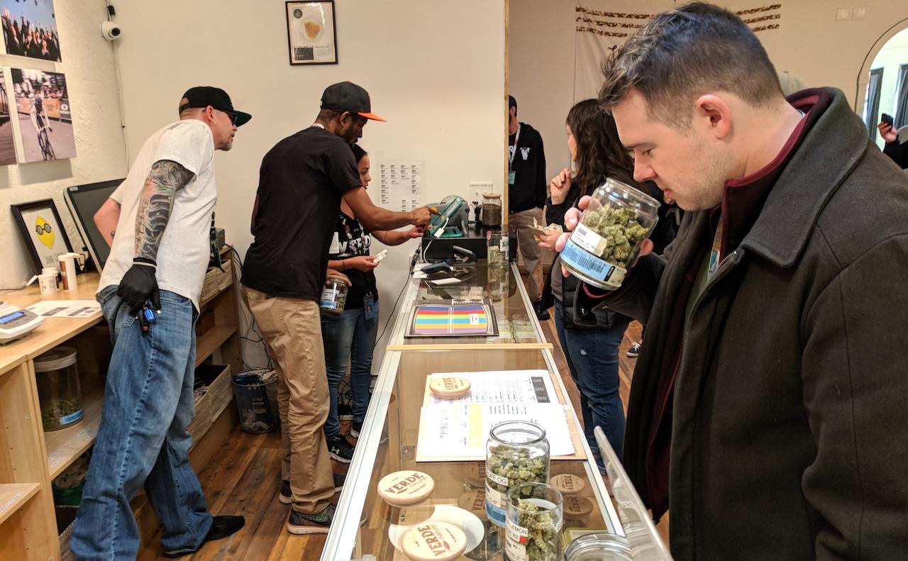 USA shop cannabis uso ricreativo